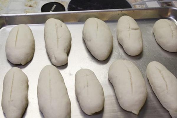 cach tu lam banh mi dac ruot gion tan tai nha 3 - Cách tự làm bánh mì đặc ruột giòn tan tại nhà