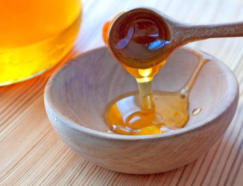 Mặt nạ chanh mật ong có thể dùng tẩy tế bào chết