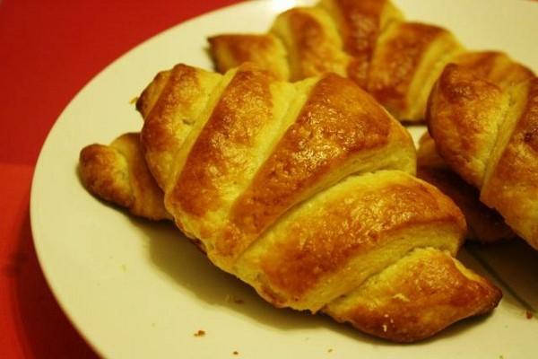 ự làm bánh mì bơ sữa ăn dặm cho bé 6 tháng