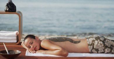 Làm đẹp với bùn khoáng biển Chết