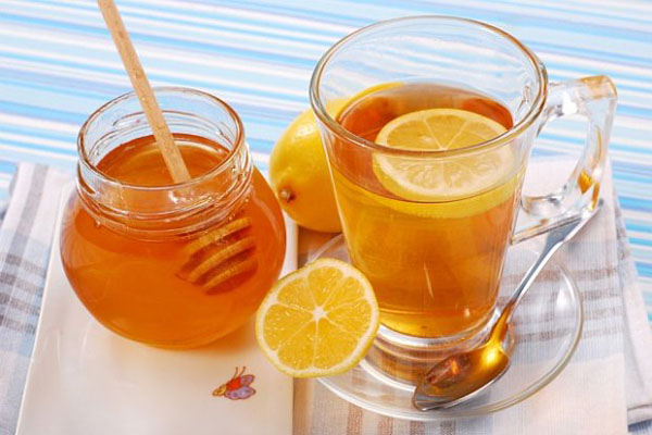giảm cân với mật ong và nước ấm