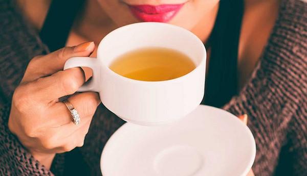 Cách giảm cân cho học sinh nữ bằng trà