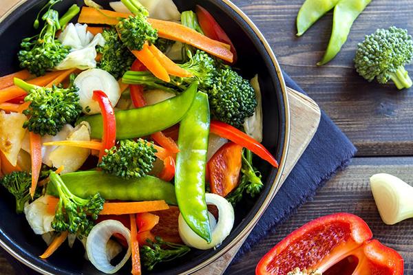 Thực hiện chế độ ăn kiêng giảm cân trong 1 tuần ngày 1