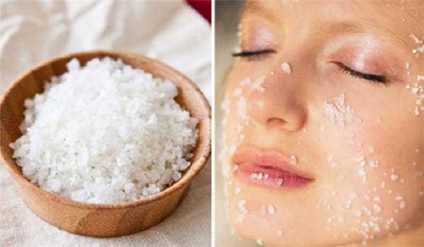 Muối là một nguyên liệu tẩy tế bào chết rất hiệu quả