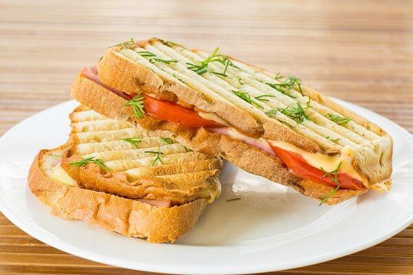 5 cách làm bánh mì nướng tại nhà ăn là nghiện