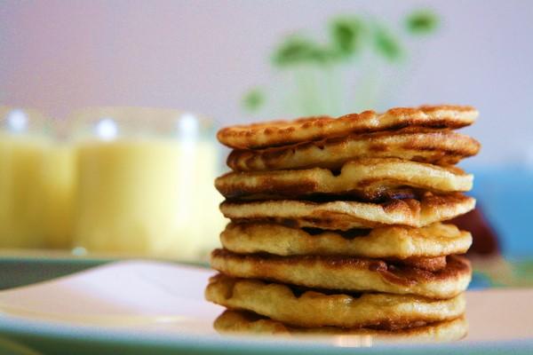 Cách làm bánh đơn giản từ bột mì và trứng